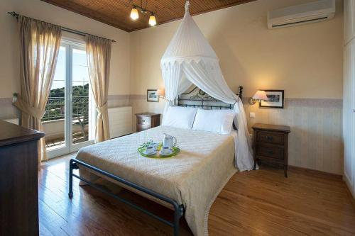 Bedroom 1: Double Bed - upstairs